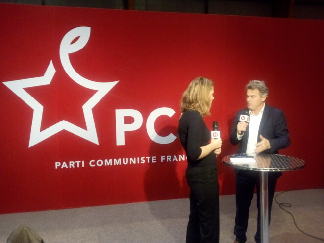 Fabien Roussel en interview, lors du congrès d'Ivry-sur-Seine. © PG