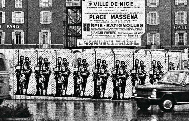 """""""Nice/Le Cap"""", oeuvre d'Ernest Pignon Ernest pour dénoncer le jumelage de Nice avec Le Cap, """"capitale du racisme institutionnalisé""""."""