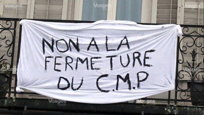 Manifestation contre la fermeture du CMP de Bruyères [Ph. Victor Salvador, Vosges Matin]
