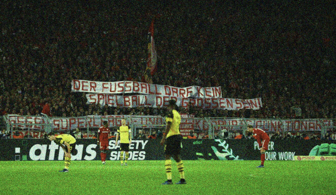 """Banderole déployée par les supporters du Bayern Munich après nos révélations sur le cartel des gros clubs : """"Le football ne peut pas être le terrain de jeu des gros. Non à la Super Ligue et aux dirigeants corrompus."""" © D.R."""
