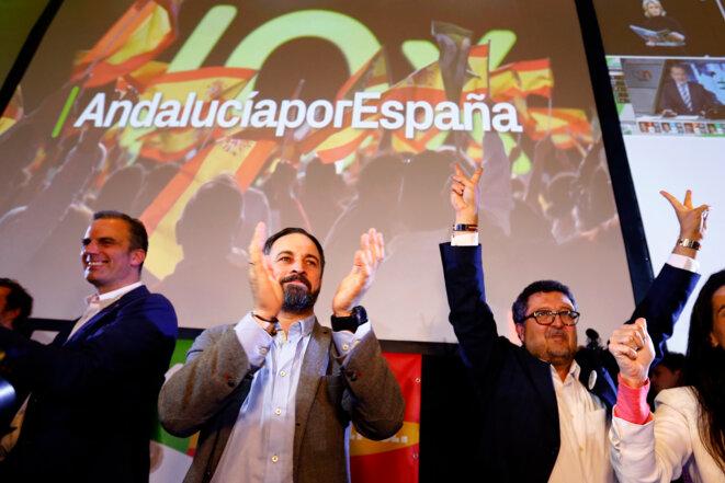 Santiago Abascal, leader de Vox, le 2 décembre 2018 à Séville, se félicite des résultats. © Reuters / Marcelo Del Pozo.