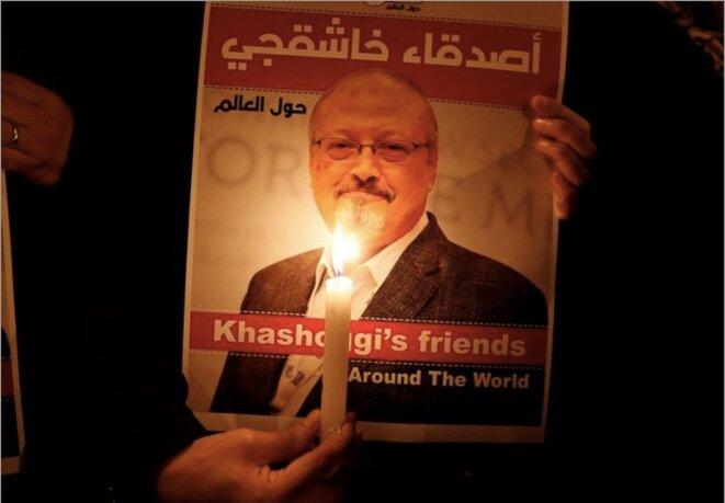 25 octobre 2018. Devant l'ambassade d'Arabie saoudite en Turquie, hommage au journaliste Jamal Khashoggi. © Osman Orsal / Reuters