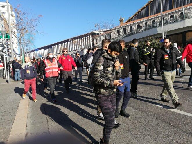 Des militants CGT, en nombre, ont semblé constituer un service d'ordre efficace, aucun incident à relever. © Philippe Léger