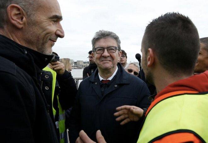 Jean-Luc Mélenchon lors de la Marche pour le climat, à Bordeaux, le 8 décembre. © Reuters