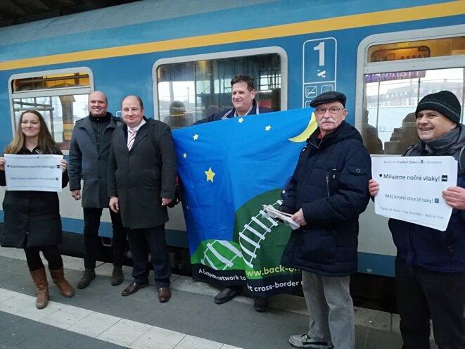 2018-12-10-frankfurt-ducu7x7w0ae-wy9