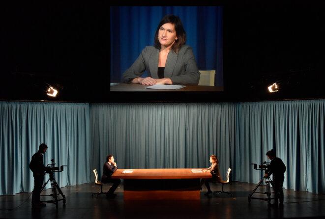 """extrait de """"Rtiuel 4:  le grand débat"""" © Philippe Lebruman"""