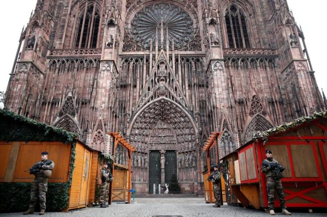 Devant la cathédrale de Strasbourg, le 12 décembre. © Reuters