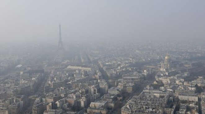 Un pic de pollution à Paris en mars 2015. © Reuters