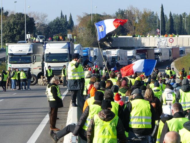 Rond-Point du Vittier, 15/12/2018 A54-Arles © Fabrice Loi