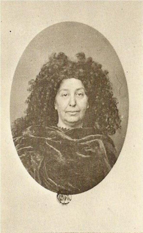 George Sand avec la perruque de Molière, photographiée par Nadar en 1864