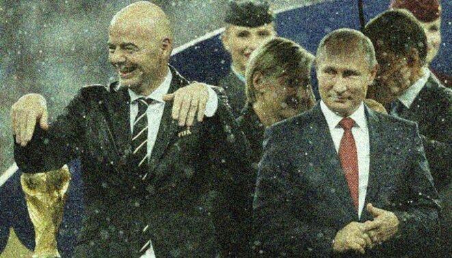 Gianni Infantino (à gauche) et Vladimir Poutine après la finale de la Coupe du monde à Moscou le 15 juillet 2018. © Reuters