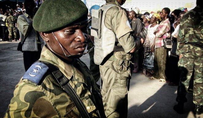 Meeting politique à Kinshasa © Christophe Rigaud - Afrikarabia