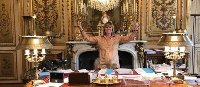 Мими Маршан в офисе Макрона во Елисейском дворце © Bestimage