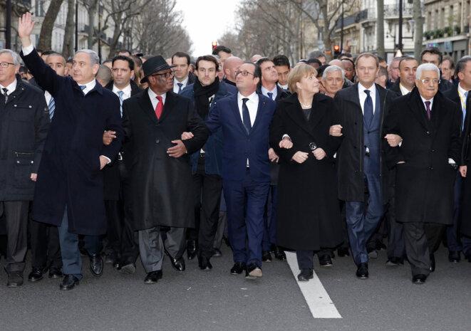 """Netanyahou à Paris en janvier 2015, lors de la marche en commémoration des attentats à """"Charlie Hebdo"""" et à l'HyperCacher de la porte de Vincennes. © Reuters"""