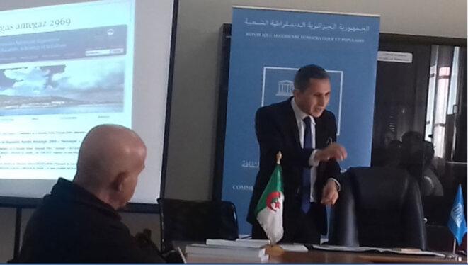 Ahmed Benzelikha, président du président du Comité national de la Mémoire du monde lors de sa conférence © Salim KOUDIL
