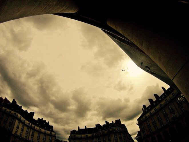Ciel Jaune / Hélicoptère de la Gendarmerie © Moe Lesné