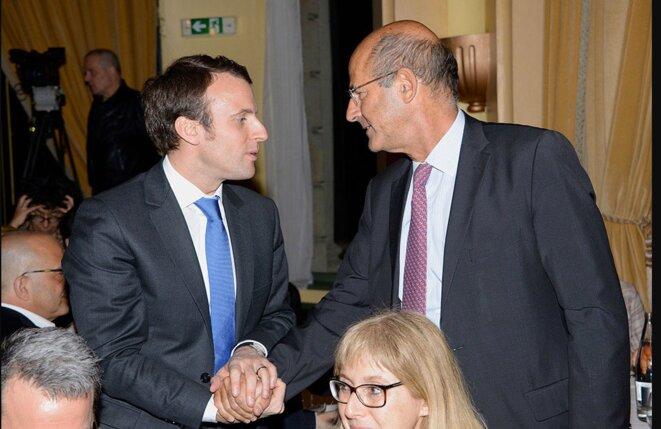 Emmanuel Macron, alors ministre de l'économie, et Patrick Kron, alors pdg d'Alstom en 2015