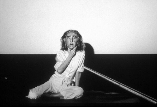 Mirage at Anthology Film Archives, New York (1976) © Joan Jonas - Photograph: Babette Mangolte