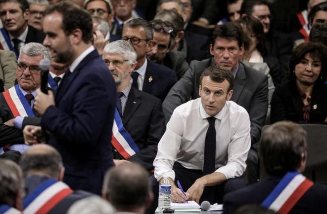 Rencontre avec les élus du Lot, le 18 janvier, à Souillac. © Reuters