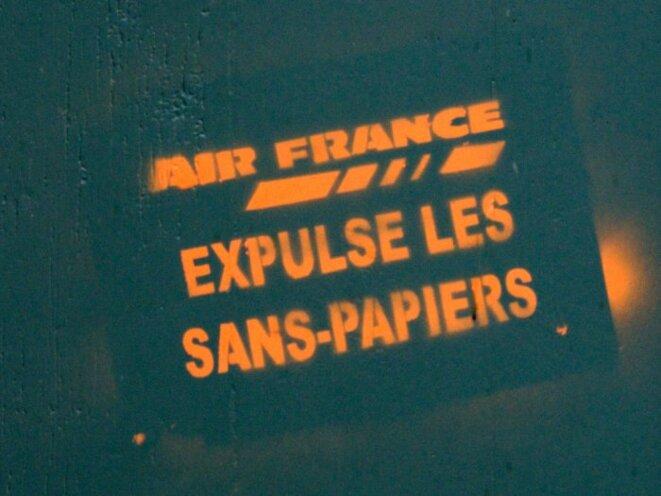 airfranceexpulsesanspapiers