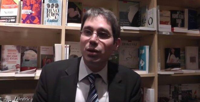 Benoît Quennedey, lors d'une rencontre avec des lecteurs, vante les bienfaits de l'économie nord-coréenne. © Capture d'écran.