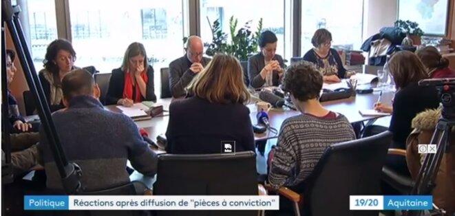 Jean-Luc Gleyze, Président du Conseil Départemental de la Gironde, lors d'une conférence de presse au lendemai de l'émission : où l'on voit que quelques images de violences prises à la volée en caméra cachée ont plus d'impact que les accusations bien plus graves portées publiquement par des éducateurs diplômés il y a bientôt deux ans [France 3]