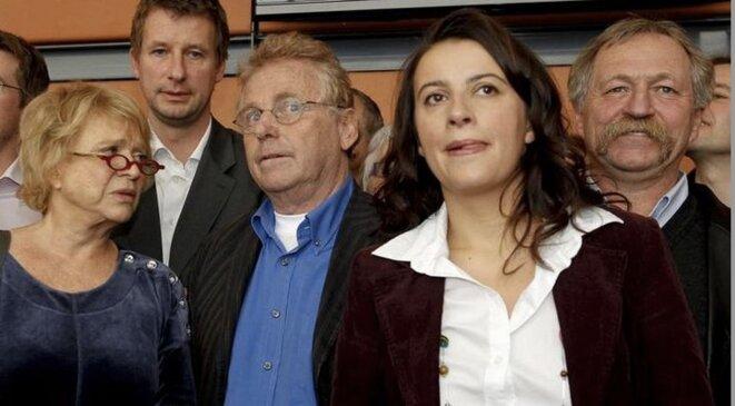 """La """"dream team"""" de 2009 (Eva Joly, Daniel Cohn-Bendit et José Bové), Yannick Jadot et Cécile Duflot, en 2010. © Reuters"""