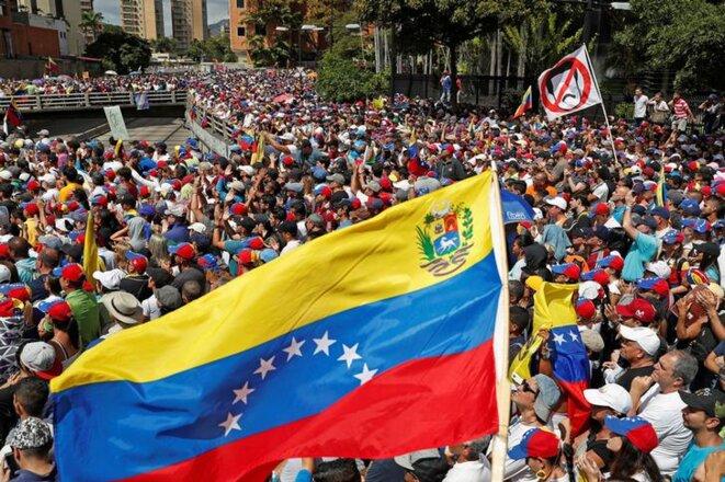 Des opposants à Nicolás Maduro, à Caracas, le 23 janvier 2019. © Reuters