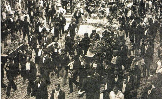 Vers le cimetière de Chacarita © Archives générales de la Nation