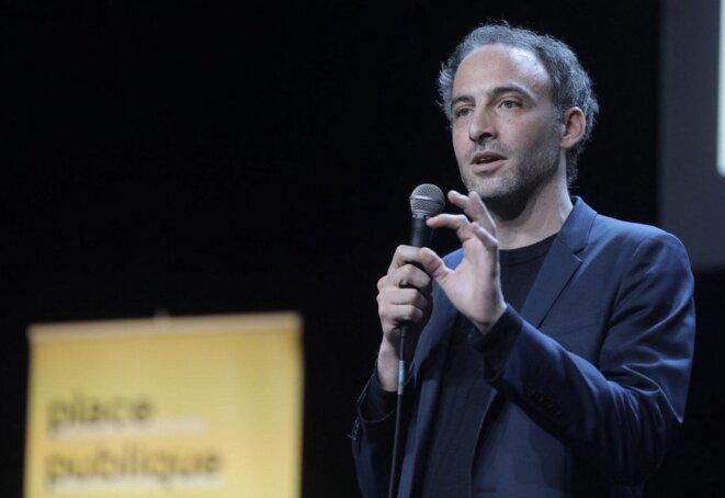 Raphaël Glucksmann au meeting de Place publique, le 29 janvier, à l'Élysée-Montmartre. © Place publique.