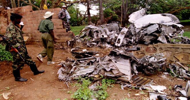 Les débris de l'avion du président rwandais Juvénal Habyarimana, abattu le 6 avril 1994. © Reuters