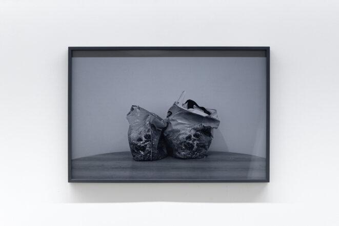 """Paul Pouvreau, vue de l'exposition """"Le magazine des jours"""", Centre photographique d'Ile-de-France, Pontault-Combault, 2019. © Aurélien Mole, 2019"""