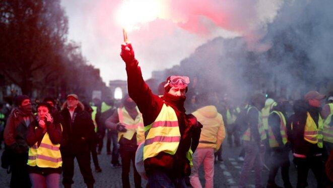 Manifestation des gilets jaunes sur les Champs Élysées le 24 novembre 2018 © Reuters