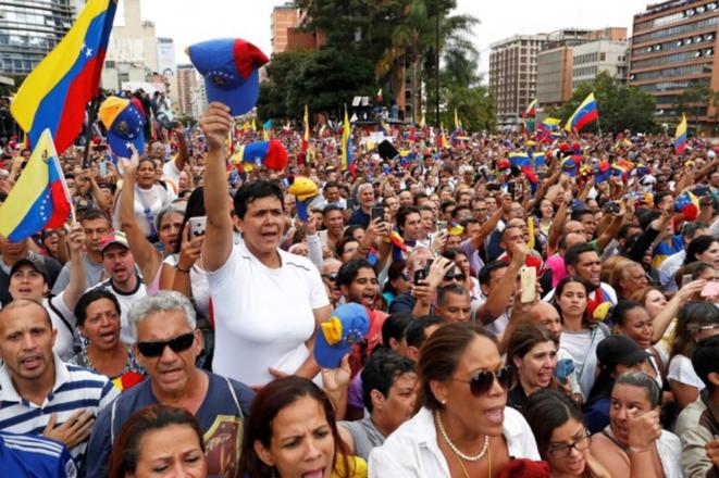 Manifestation des opposants au président vénézuélien Nicolas Maduro à Caracas le 23 janvier 2019. © Reuters