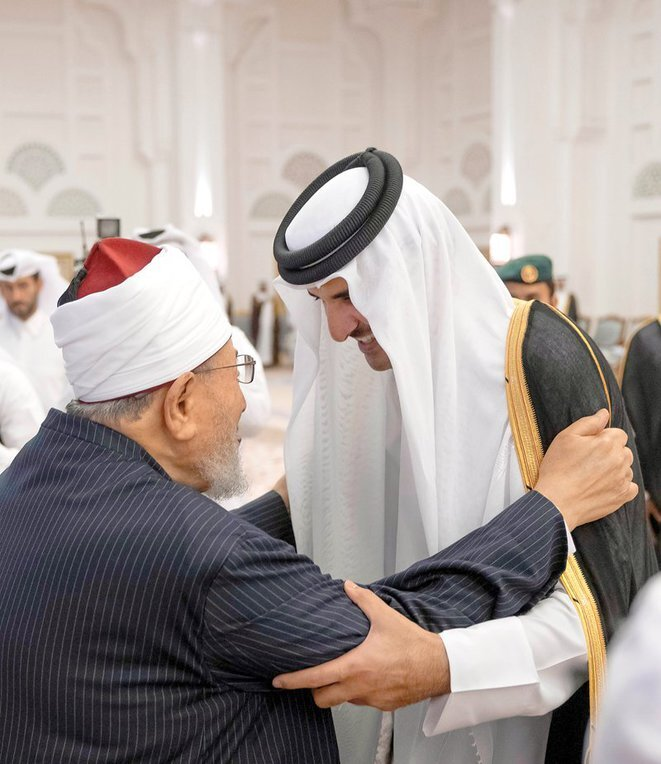 L'Emir du Qatar avec le dirigeant des Frères musulmans