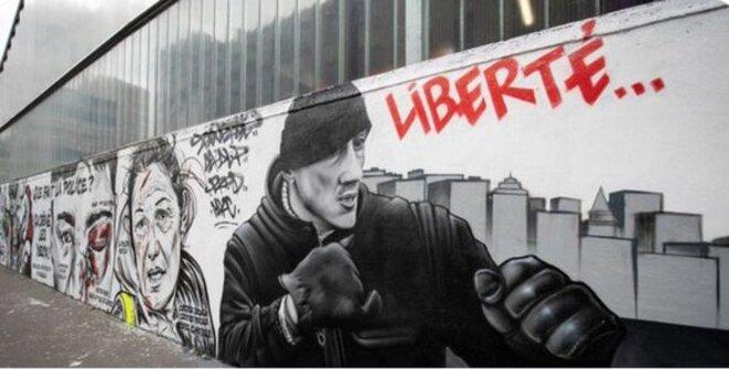 """Fresque """"Hiver jaune"""", rue d'Aubervilliers à Paris"""