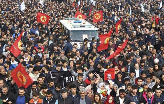 Les funérailles de Tahir Elçi, le 29 novembre 2015 à Diyarbakir. © Reuters