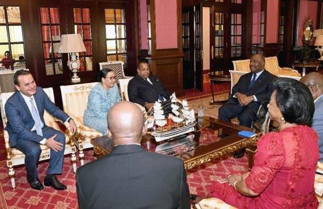 Image d'une séance de travail lors du Retour au Gabon du Président Ali Bongo, le 16 janvier 2019