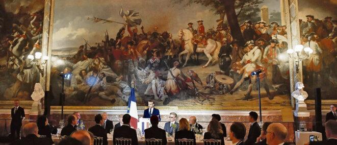 Macron invite 150 grands patrons à Versailles (photo L'Humanité)