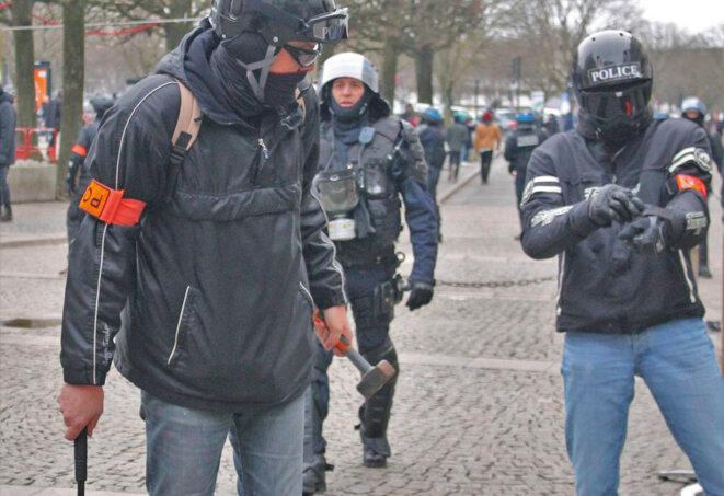 marteaux-police