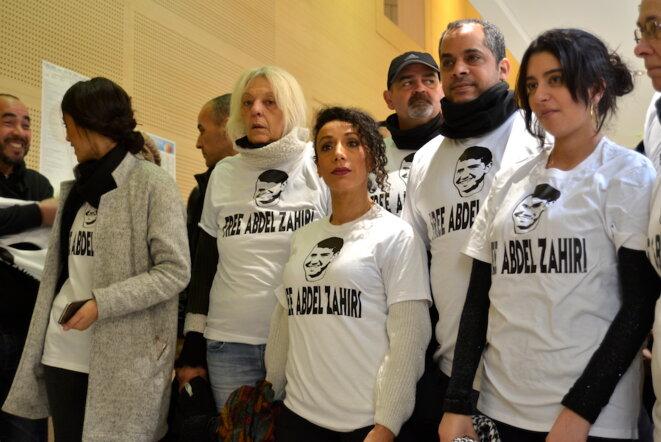 Gilets jaunes et militants pro-palestiniens au tribunal de grande instance d'Avignon le 7 février 2019. © LF
