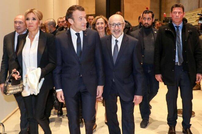 Alexandre Benalla et Christian Guédon (à droite) lors d'un déplacement d'Emmanuel Macron en mars 2018. © Reuters