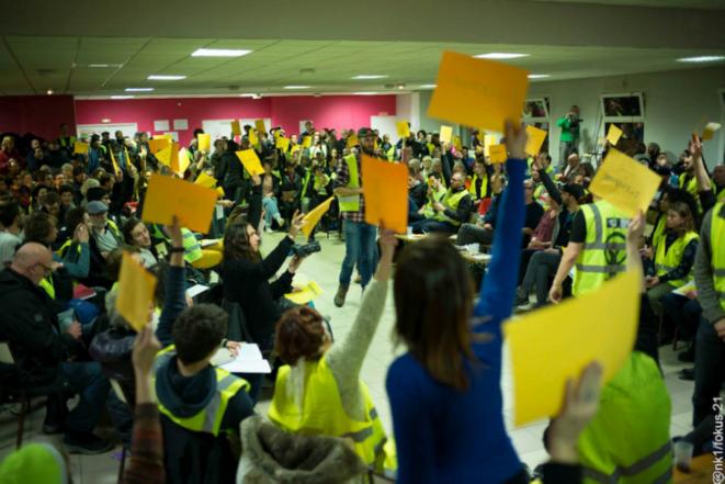 Moment de vote des délégué.e.s à l'«assemblée des assemblées», Sorcy-Saint-Martin, 26 et 27 janvier 2019 © http://mai68.org/spip2/spip.php?article3002