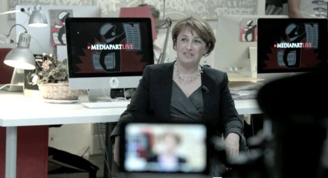 Isabelle Attard, dans Depuis Mediapart, de Naruna Kaplan de Macedo