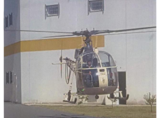 L'hélicoptère Alouette 2 détourné par les complices de Redoine Faïd © DR