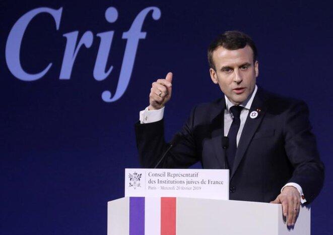 Emmanuel Macron prononce un discours au dîner du CRIF, le 21 février. © Mediapart
