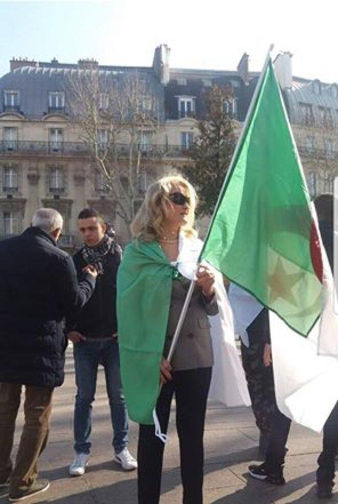 Manifestation anti-5ème mandat à Paris