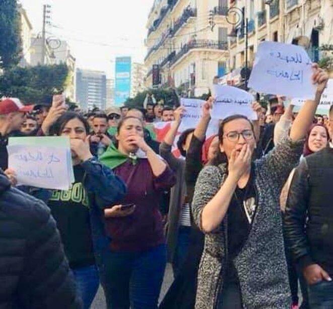 Manifestation anti-5ème mandat le 22 février 2019