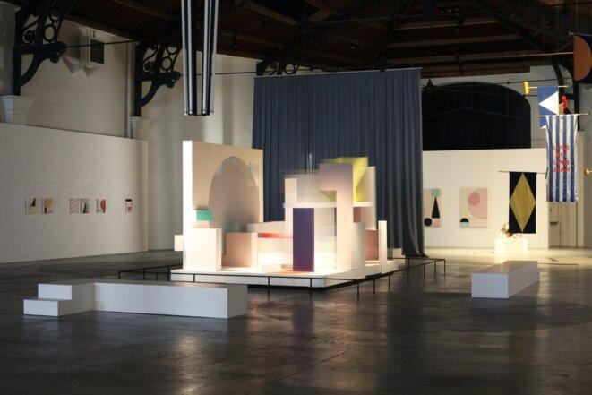 """Martine Feipel et Jean Bechameil, """"Contrat Construction Unit"""", 2014, La Patinoire Royale / Galerie Valerie Bach © Martine Feipel et Jean Bechameil, courtesy galerie Valérie Bach, Bruxelles"""
