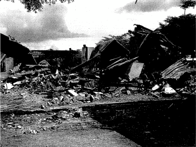 Cantonnement français de Bouaké juste après le bombardement. © Document Mediapart